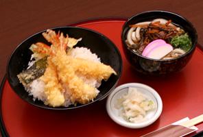 天丼とミニ山菜うどん・そば